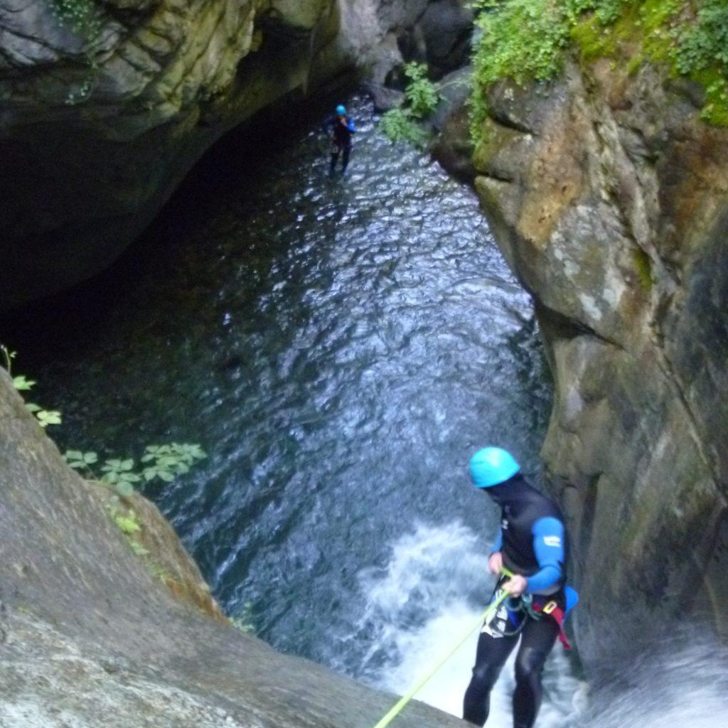 Rappel canyon du Bitet à Artouste